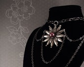 Flower Choker Necklace with Faux Pearl and Chain Accents