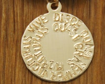 Inspirational Quote Jewelry - Inspiring Motivational Latin Affirmation Saying - Gold Disc Necklace Pendant