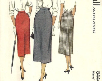 Vintage 50s Sewing Pattern / McCall 8444 / Slim Skirt / Waist 28