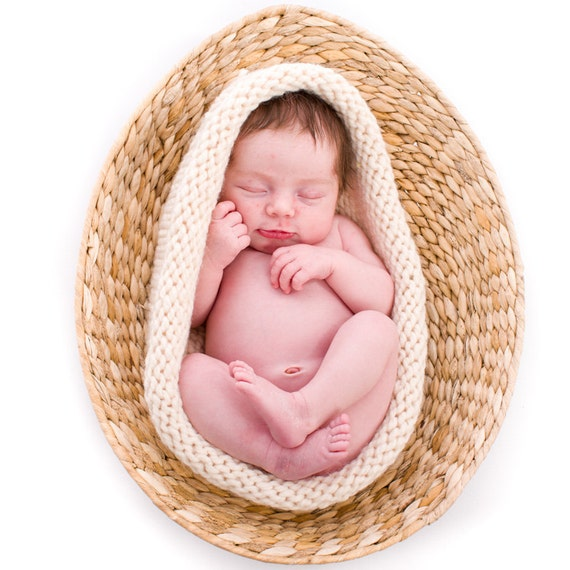 Knit Newborn Bowl, Baby Photography Prop in Cream