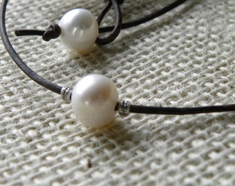 Single White Pearl,Sterling Silver  and Leather Necklace Choker