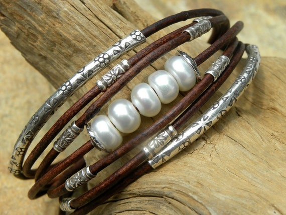 Saltwater Akoya Pearls,Leather and Sterling Silver Bracelet