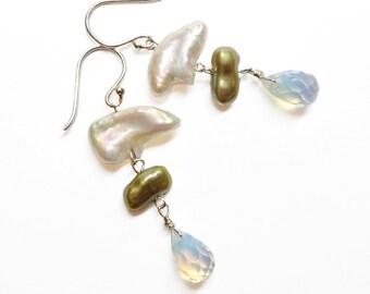Pearl Dangle Earrings Freshwater Pearls Warm White Green, Lemon Quartz Briolettes Spring Earrings