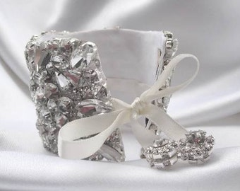 Nelia Bridal Wedding Crystals Bracelet Cuff Bangle