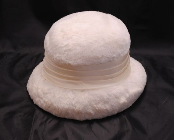 Womens Vintage Hat Union Made Label Faux Fur and Satin