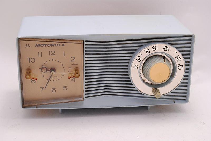 Vintage Clock Radio Motorola Baby Blue