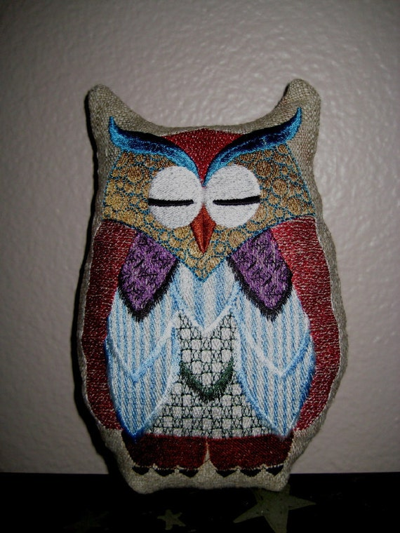 Bree Embroidered Owl Recycled Decor 8""