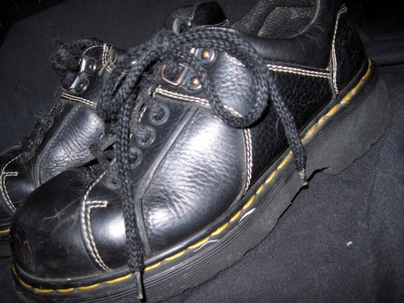 Sale Sale Sale/VIntage Doc Martens Chunky Shoes/Black Leather Ankle Boots/Lace Up/Made In England/Mens size 6/Womens size 8