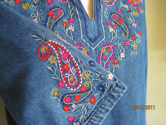 Vintage Embroidered Cotton Blouse/Denim Blouse/Hippie Top/Boho/Made In India/Size Medium
