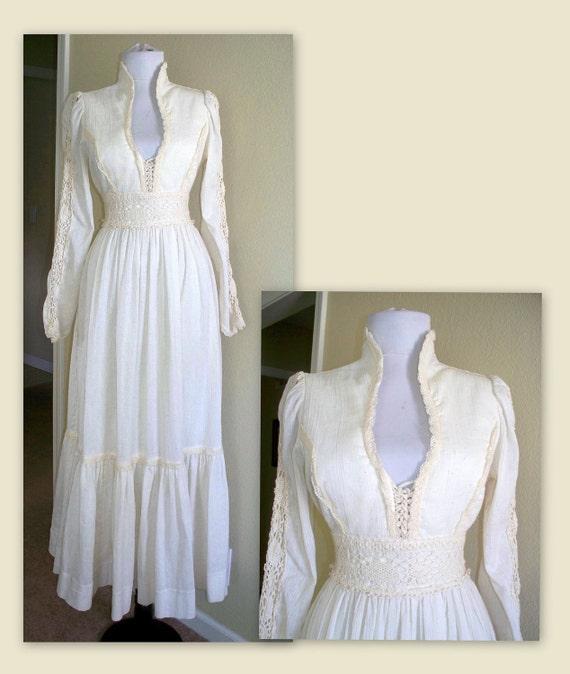 Vintage 70s Gunne Sax romantic corset victorian lace and cotton dress bust 36