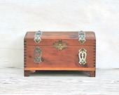 Vintage  Red Cedar Dovetail Jewelry/Trinket  Box Ornate Silver Metal Trim