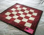 KING Me - Table Topper, Play Mat - B44