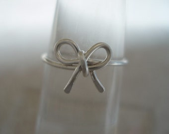 Bow Tie Sterling Silver Filled Wire Ring