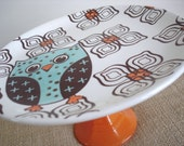 Vintage-Inspired Dessert Pedestal-Retro Owl