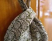 Wristlet bag - grab and go bag - knitting project bag
