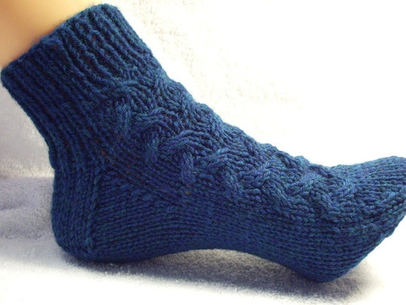 Aran Sock Knitting Pattern : PDF Knit Pattern Aran Bed Socks by TraciKnits on Etsy