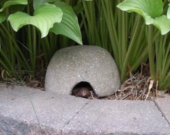 Hypertufa Toad House
