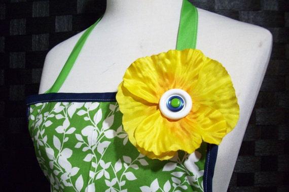 The SO CUTE 'Spring Green' Women's Full Apron