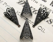 Victorian Mourning parasol charm - black antiqued brass (4 charms)