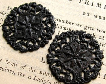 Aster filigree medallion, antiqued dark brass, 27mm (2 discs) flat round circle stamping ornament, aged black patina