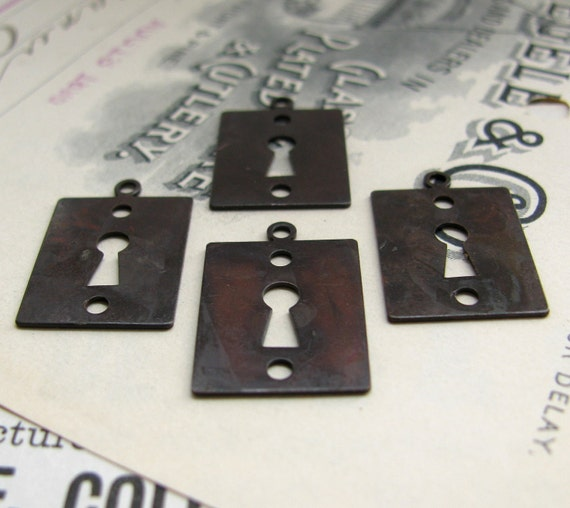 Keyhole charms - 18mm dark antiqued brass escutcheon - flat key hole, 4 charms, aged patina, Fallen Angel Brass