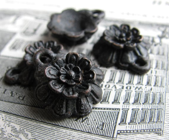 Little black flower charm from Bad Girl Castings - 15mm - solid antiqued dark pewter (4 charms) rustic aged oxidized patina, Boho charms