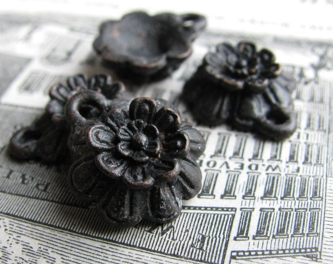 Little black flower charm from Bad Girl Castings - 15mm - solid antiqued dark pewter (4 charms) rustic aged oxidized, Boho charms