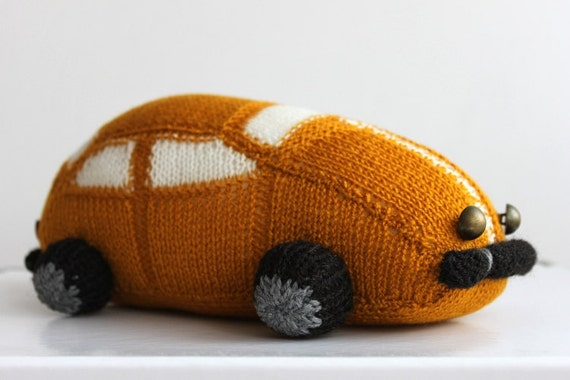 Hand knitted toy for a big and small boy, big car, gold car, knitted car, knitted toys ready to ship