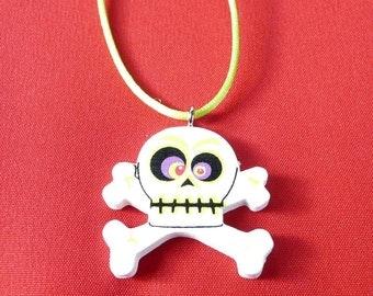 Google-Eyed Skull and Crossbones Halloween Necklace