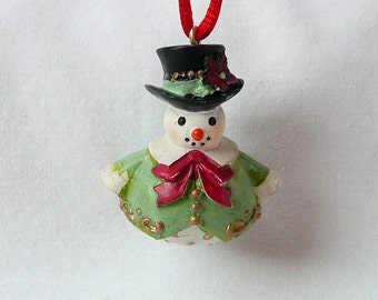 hnc-3D Fancy Snowman Necklace