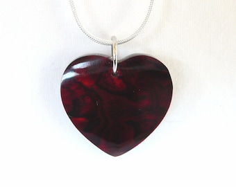 nnm-Red Shell Heart on a Silver Plated Chain