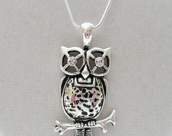 nnm-Silver Owl with Crystal Eyes Pendant on a Silver Plated Chain