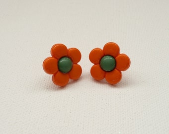 ns-Orange and Green Daisy Stud Earrings
