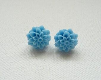 ns-Blue Resin Mum Stud Earrings