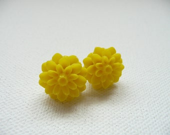Yellow Resin Mum Stud Earrings