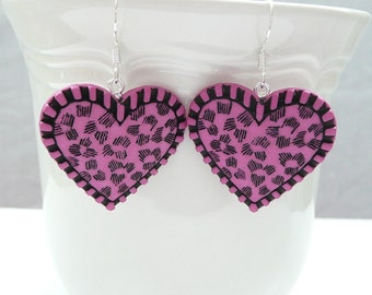 nd-Black and Pink Heart Dangle Earrings