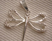 sterling silver dragonfly pendant 26 x 26 mm one piece