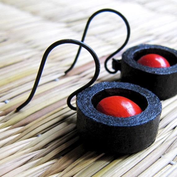 Manjadikuru Earrings - Seed jewelry - Organic earrings - Rustic jewelry - Seed earrings - Organic seed jewellery - Organic jewelry - Rustic