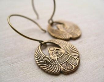 nefertiti. earrings.