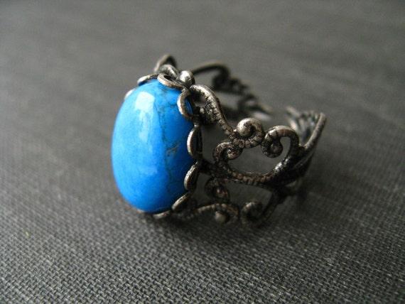 twilight. ring. (howlite gemstone. antique brass ornate filigree. adjustable band.)