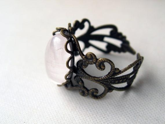 madame bovary. ring. (rose quartz gemstone. antique brass ornate filigree. adjustable band.)