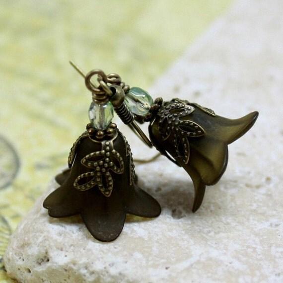 Matte Green Flower Bead Earrings - CLEARANCE SALE - A.1735