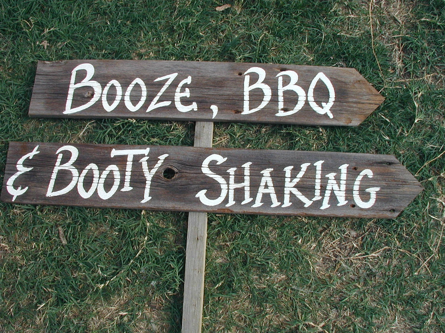 20 Of The Best Rustic Wedding Signs
