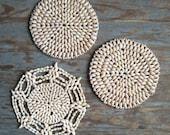 vintage sea shell housewares home decor hot pad plate trivet natural beach ocean shells shabby cottage chic snowflakes snow