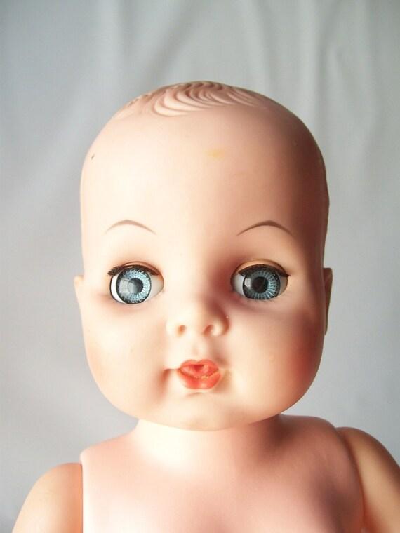 vintage baby doll crystal blue sleep eyes kitschy retro prop. ◅. ▻ - il_570xN.268444964