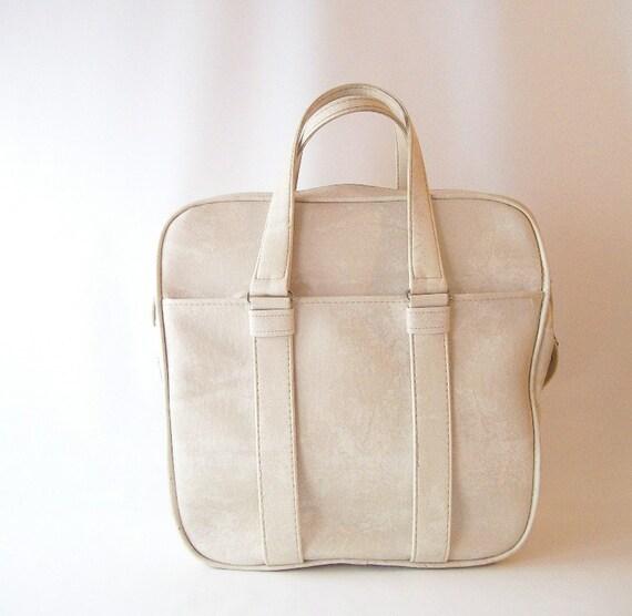 vintage samsonite carry on tote bag with keys white cream off-white neutral