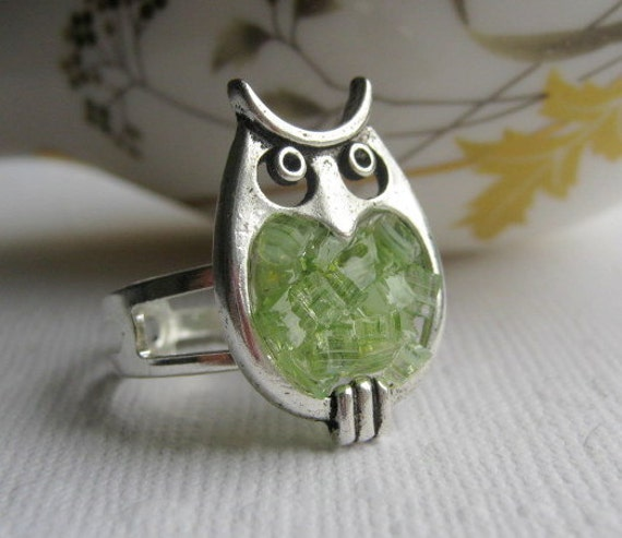 Owl Ring, Stained Glass Ring, Peridot Owl Ring, Glass Owl, Silver Owl Ring, Green Owl Ring, Owl