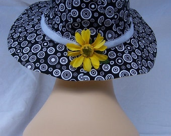 REDUCED 15% OFF  Black and White Circles-Print Summer Brim Hat