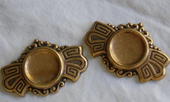 Vintage Brass Stamping, Brass Cabochon Blank, Necklace, Bracelet Finding