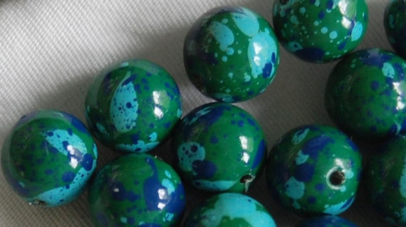 Vintage Lucite Beads, Vintage Lucite Round Splatter Beads, Multi Blue and Green, Great Color Combination